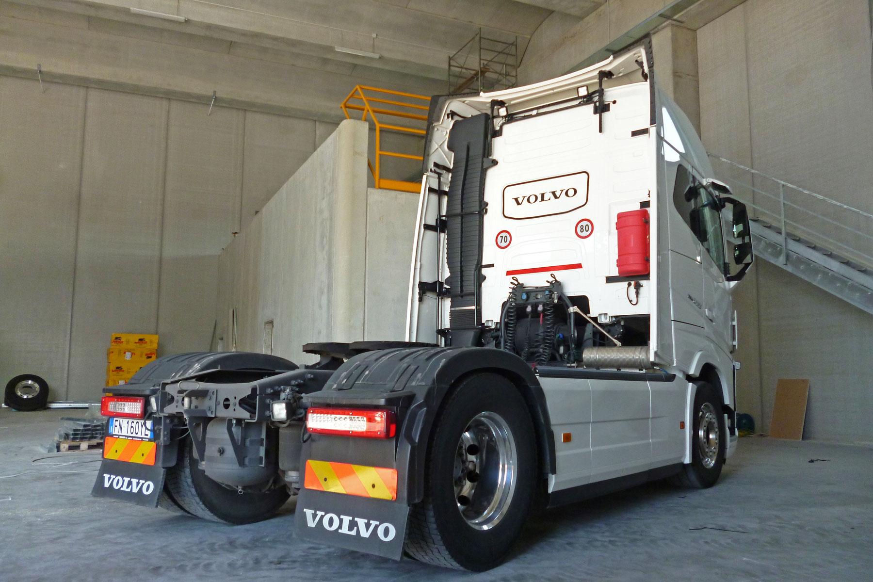 Camion Volvo D.L.G. s.r.l.